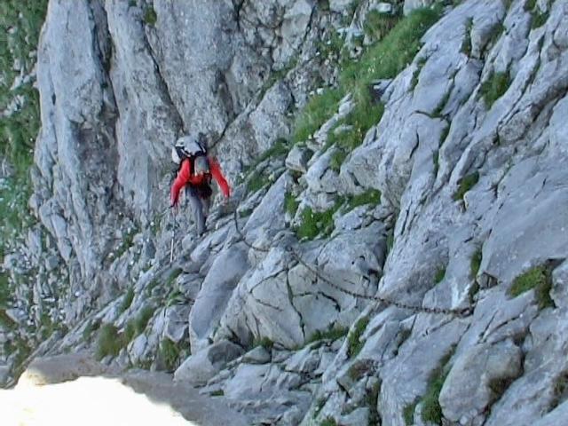 traversée de dalles sous le sommet