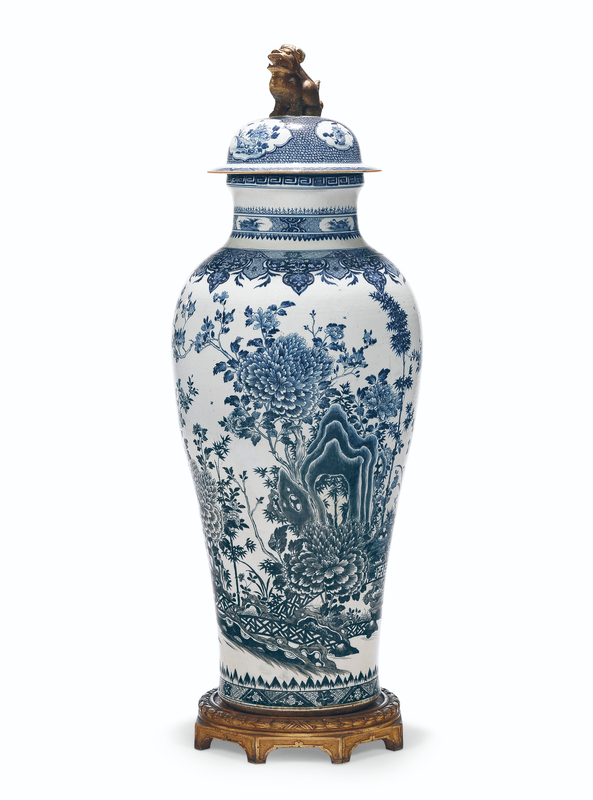 2019_NYR_16779_0301_001(a_massive_blue_and_white_soldier_vase_and_cover_qianlong_period_circa)