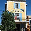 banon, Le Bleuet, boutique (84)