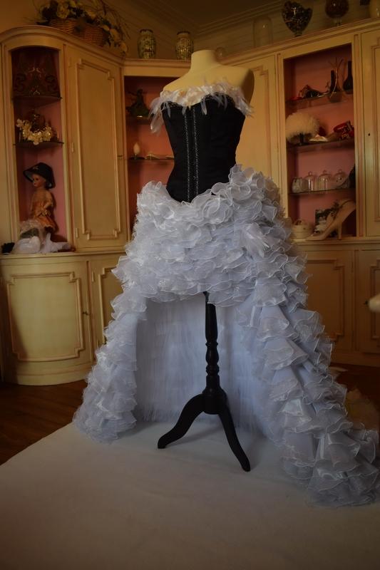 robe de mariée gothique arc en ciel marjorie g creation devant