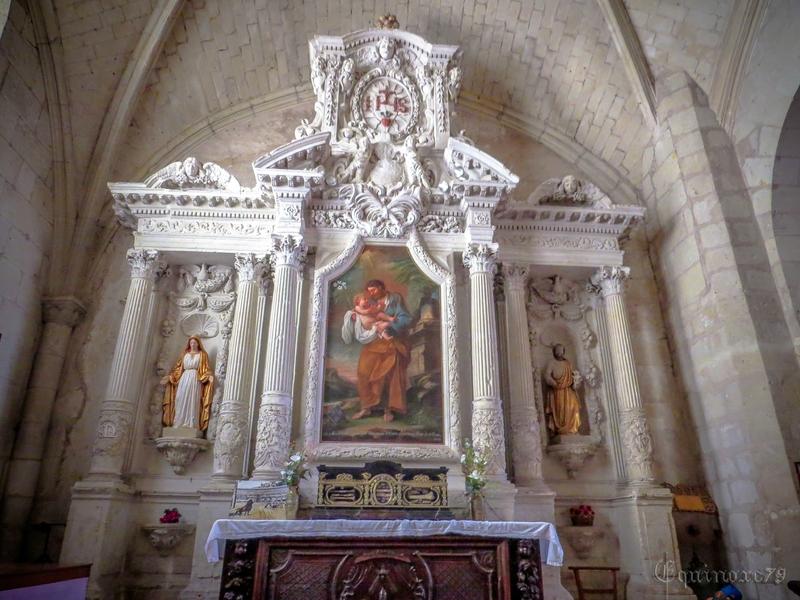 L'église Saint-Michel, église paroissiale de Fontevrault IMG_7923