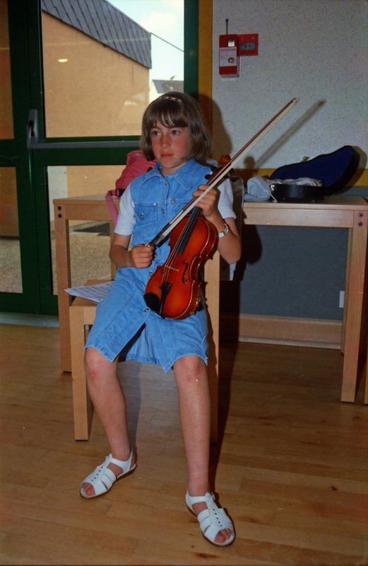 P 95 20 Stage de violon à Sablé - La Cantonade - Fête de l'école St-Exupéry 02