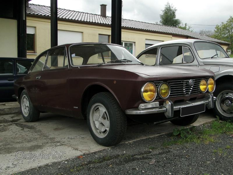 alfa-romeo-giulia-gt-2000-veloce-1971-1976-a