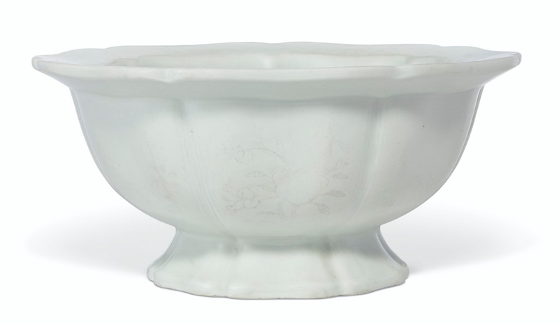 A white-glazed anhua-decorated lobed footed bowl, Ming dynasty,15th century