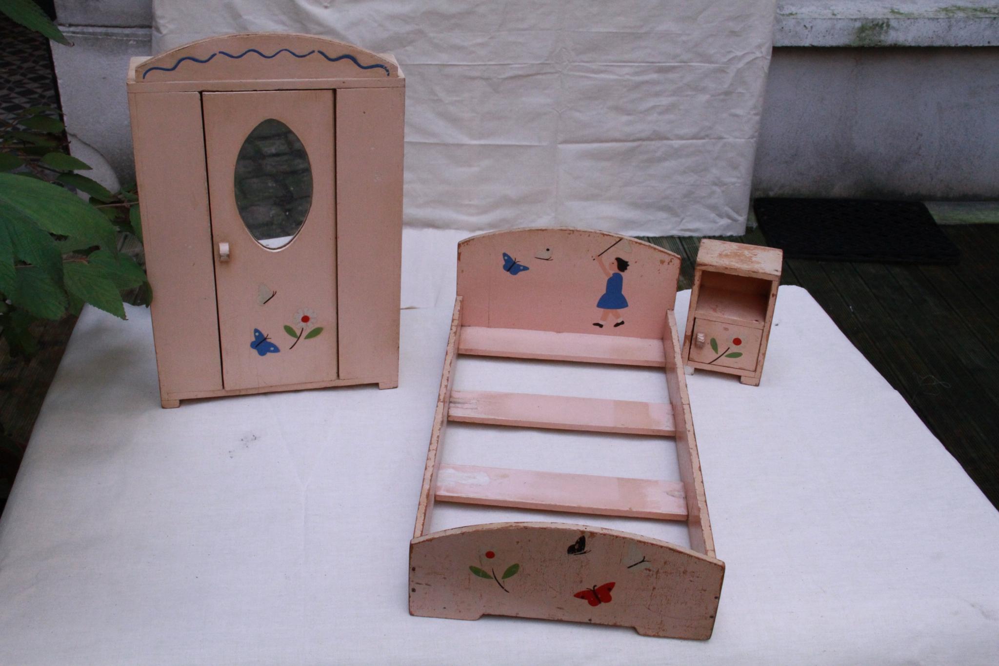jeu : chambre de poupée des années 20