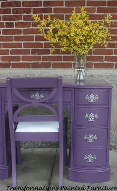 dd57ae7d187dac67998bbbfdc2f7092f--painted-vanity-painted-desks