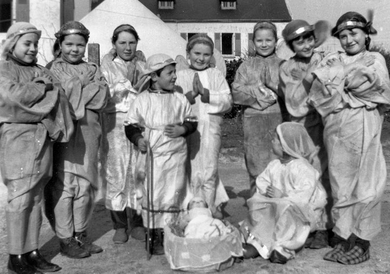 Ch41 - 1968 - Noël - J'ai vu trois Anges - (École du Christ Roi)