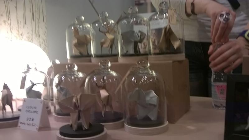 Origamis sous cloches