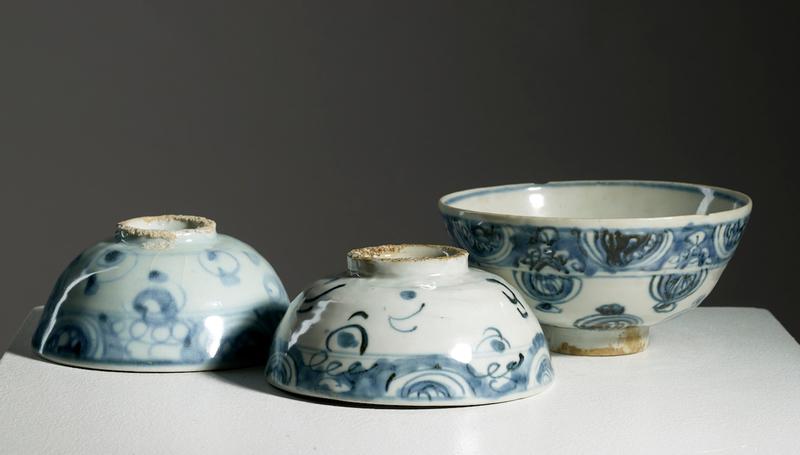 Lot composé de trois bols, Chine, dynastie Ming, 15°-16°siècle
