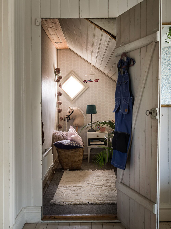 A+Cozy+Vintage+Look+For+a+Traditional+Swedish+Home+-+The+Nordroom