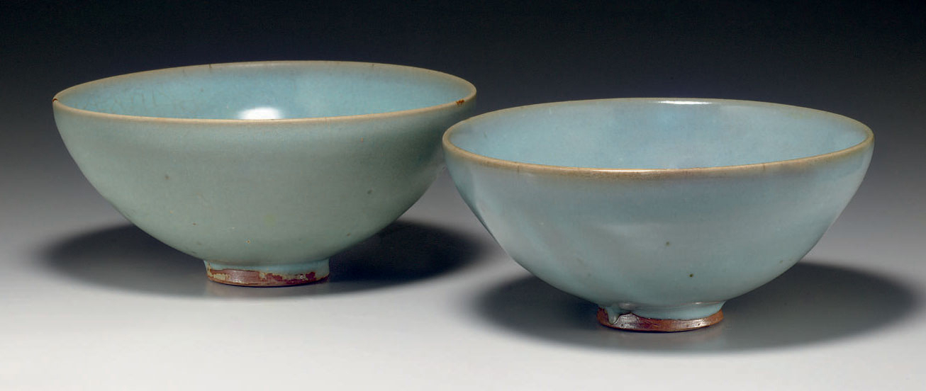 Two Junyao deep bowls, Song-Jin Dynasty, 11th-12th century