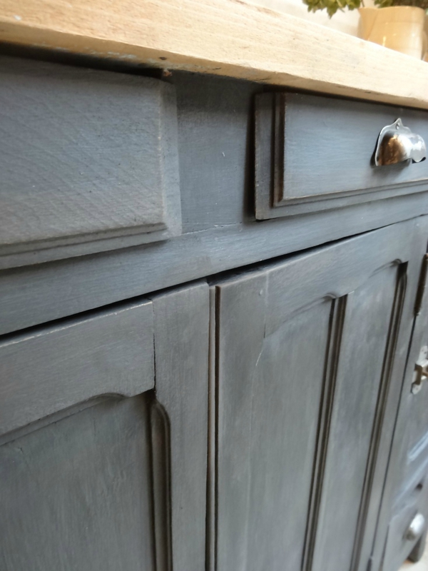 BUFFET PATINE NOIRE DETAIL 2