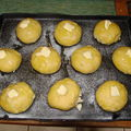 2008 05 29 Mes brioches aux pommes, sucre et beurre avant cuisson