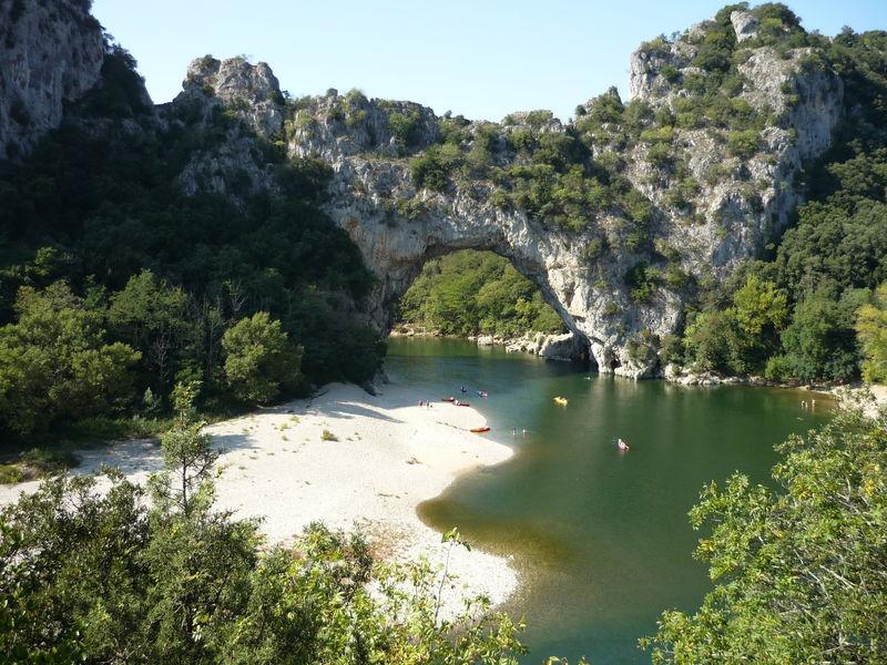 Près de PONT VALLON d'ARC : les gorges de l'Ardèche