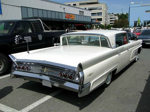 lincoln continental mark V landau hardtop 1960 4