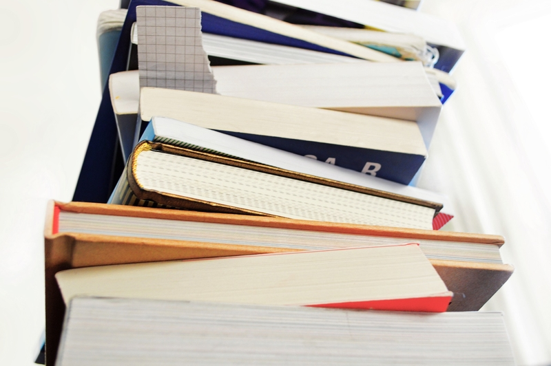 books_3692436_1920