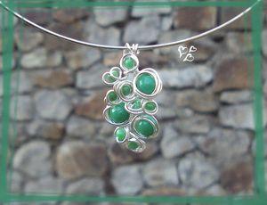 parure grappolo vert jade pendentif