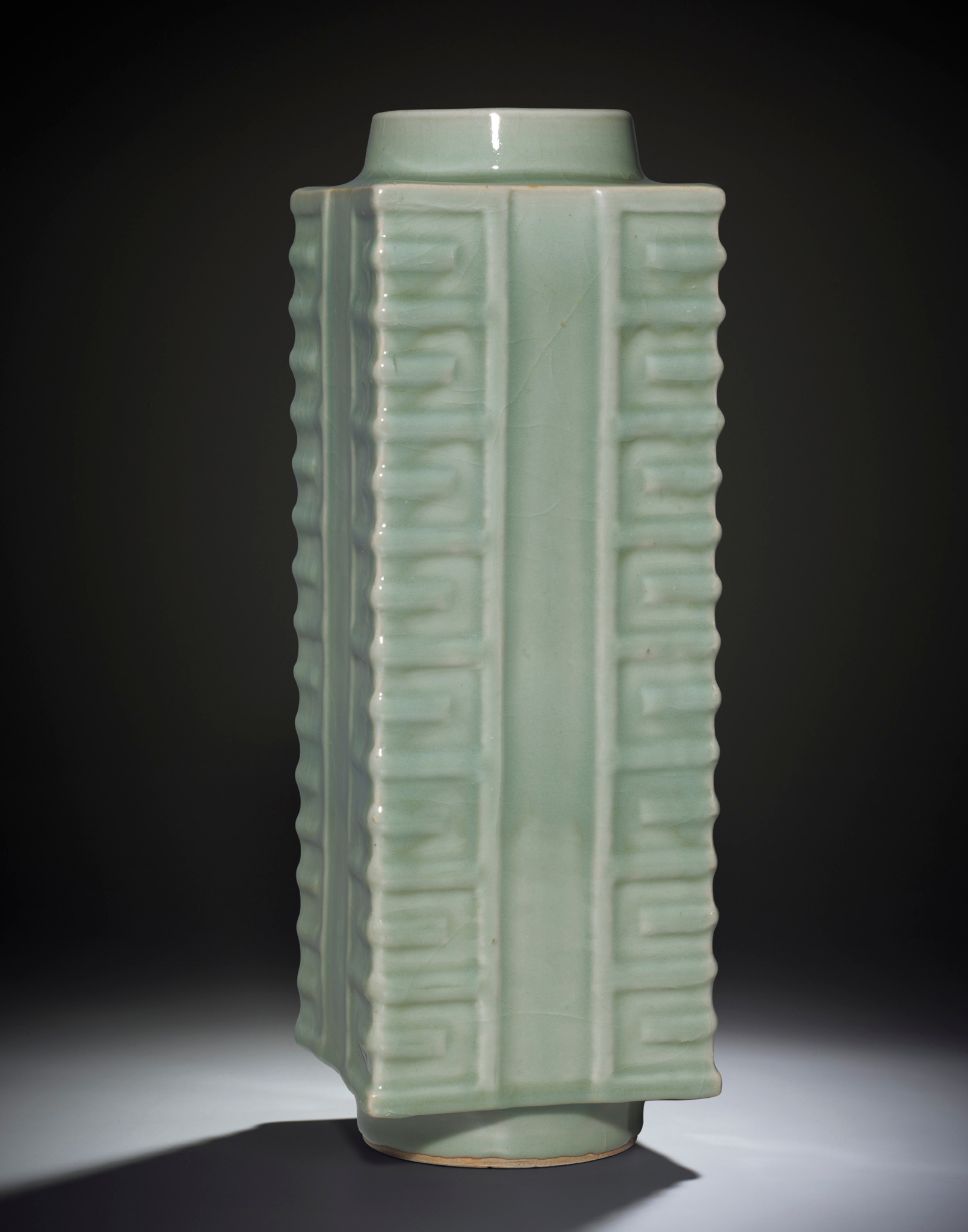 A very rare and large Longquan celadon cong-form vase, Southern Song-Yuan dynasty (1127-1368)