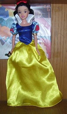 Barbie Princesse Blanche Neige Mes Collections Disney Cie