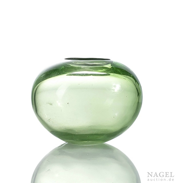 A green glass brushwasher, China, engraved Guangxu four-character mark and period