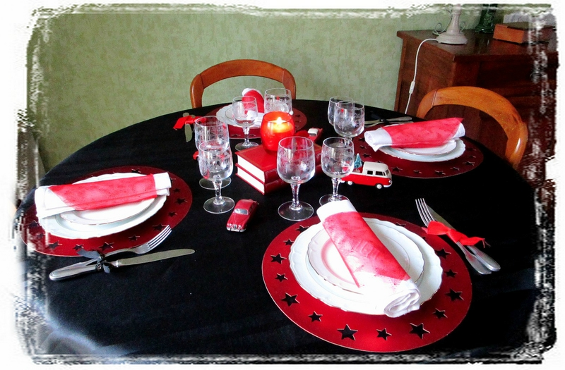Table rouge1