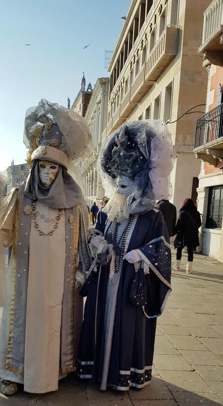 costumes (3)