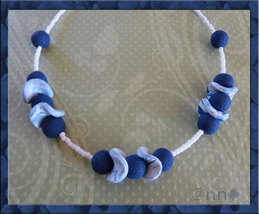 Collier tons bleu blanc marine n° 3 (N)