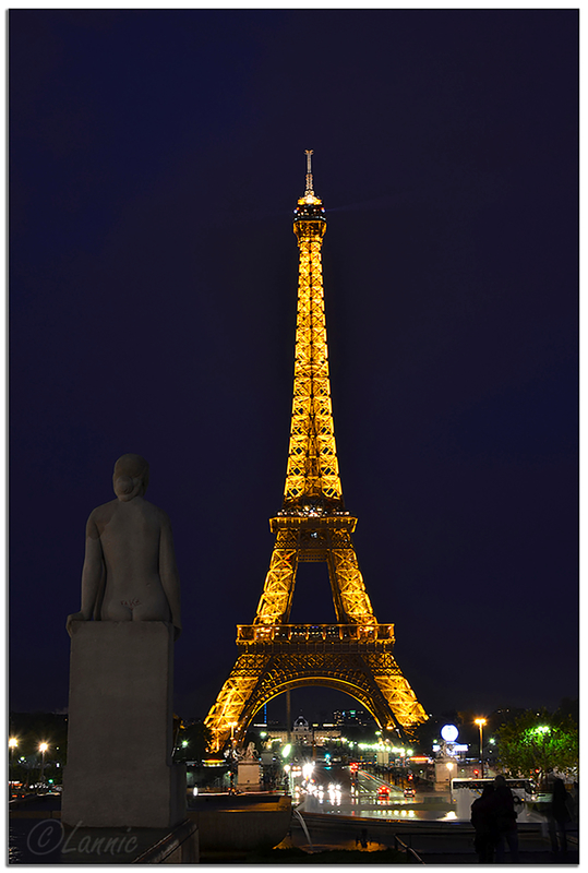 Paris_Tour_Eiffel_nuit_3