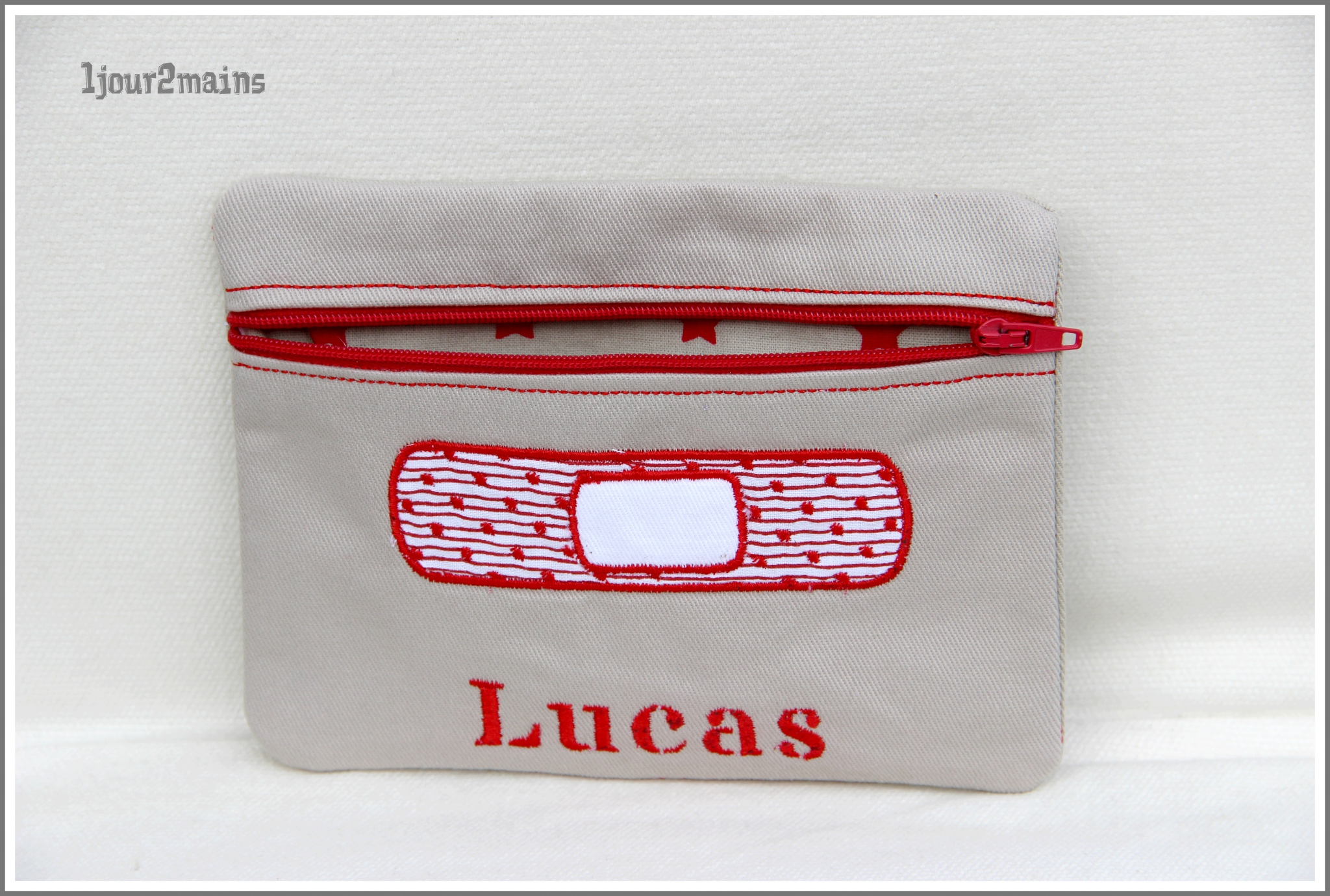 trousse zip pansement lucas