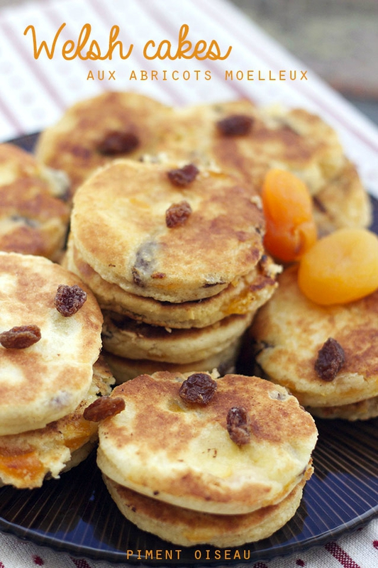 welsh cakes aux abricots moelleux- welsh cakes with dried apricots