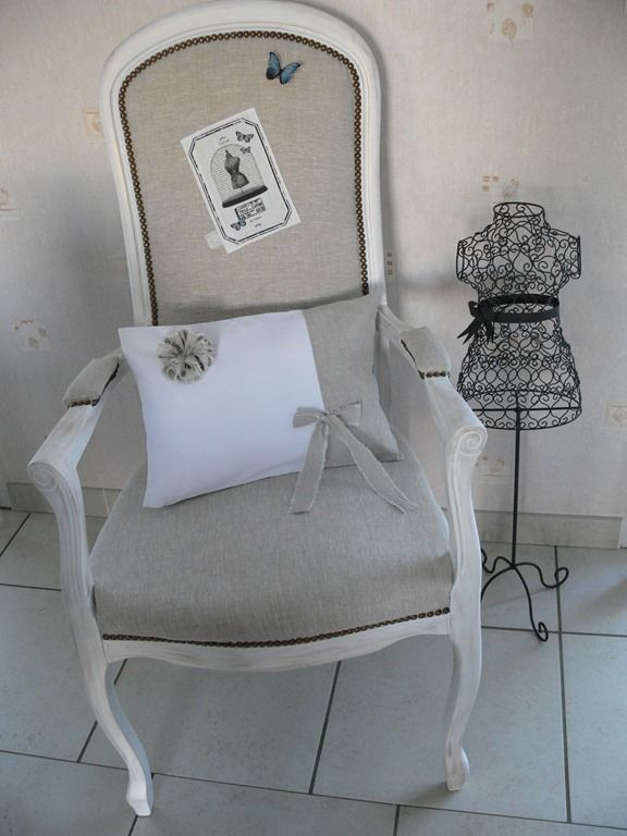 relooking fauteuil voltaire au pays des r ves. Black Bedroom Furniture Sets. Home Design Ideas