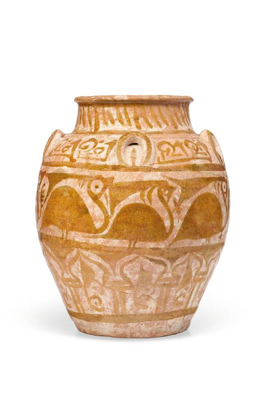 2020_CKS_18372_0008_002(an_abbasid_lustre_pottery_jar_mesopotamia_10th_century110154)