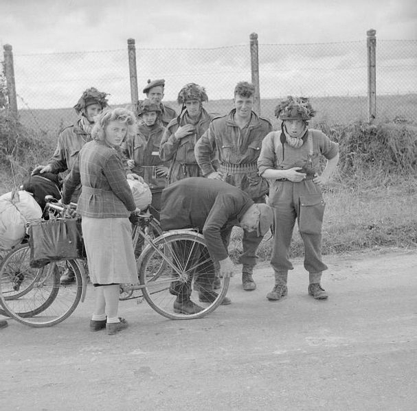 607px-The_British_Army_in_the_Normandy_Campaign_1944_B5344
