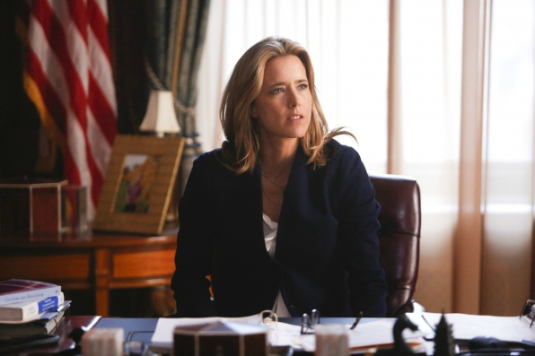 Téa Leoni as Elizabeth McCord