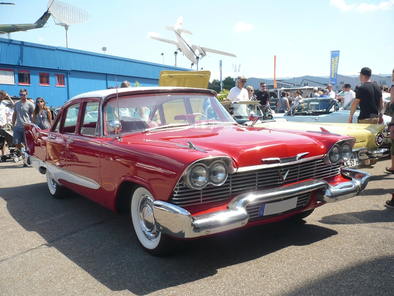 PLYMOUTH Savoy 4door Sedan 1958 Sinsheim (1)