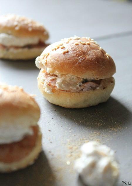 Minis buns au cumin, chèvre et bacon -Bouilles Gourmandes