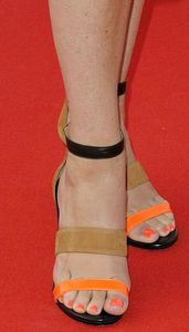 Suzi-Perry-Feet-1040442
