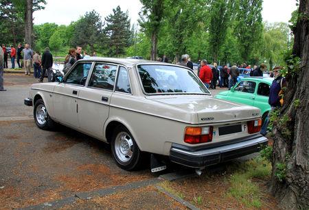 Volvo_244_GL_2
