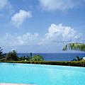 La piscine à débordement, purement esthétique ?