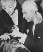 1954-11-26-beverly_hills_hotel-with_medium_hassan-2-1a