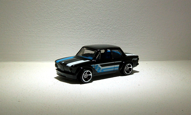 Bmw 2002 (Hotwheels) 02