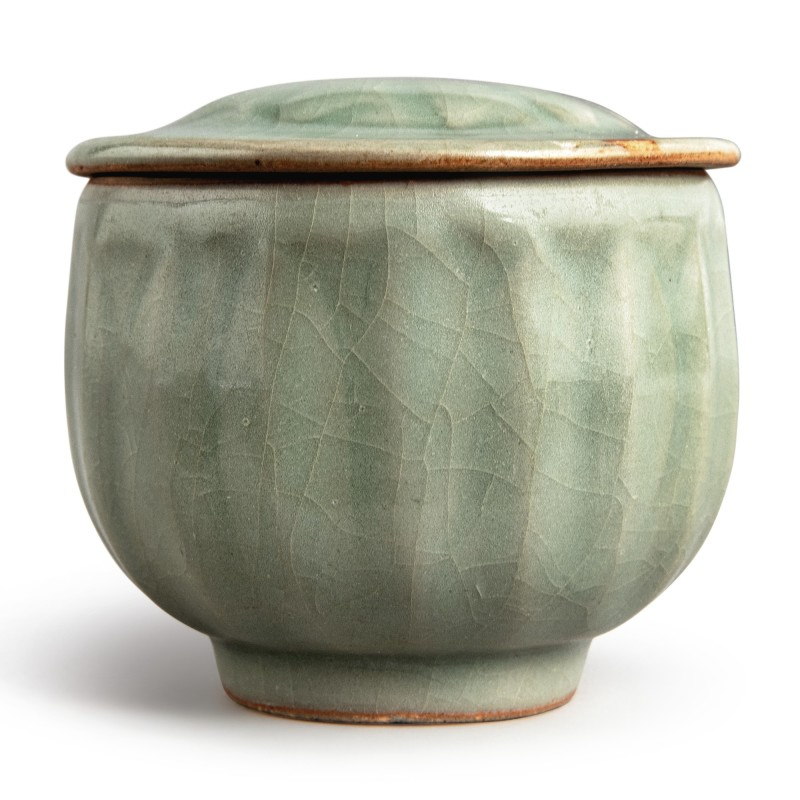 A 'Longquan' celadon-glazed 'lotus' bowl and cover, Southern Song dynasty (1127-1279)