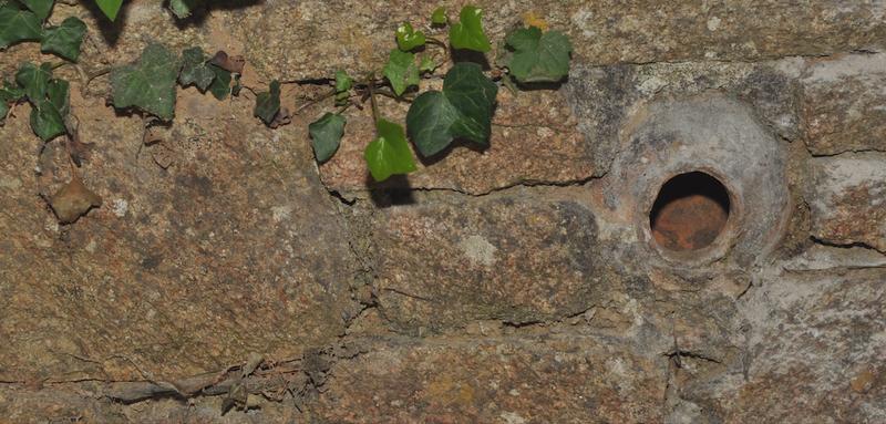 L'énigme des poteries acoustiques dans mes murs de l'abbaye des Anges Finistère