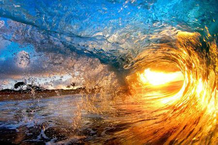 £££+reuse+fee+applies+-++Daredevil+photographers+Nick+Selway+and+CJ+Kale's+amazing+pictures+of+the+surf+in+Hawai0i