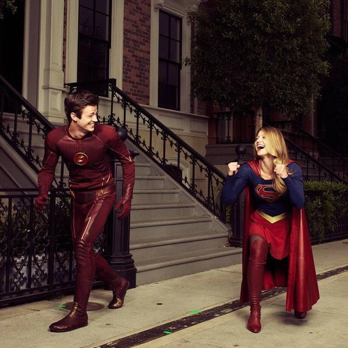 TheFlash_Supergirl