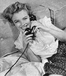 1951_52_Marilyn_whitechemisier_Telephone_00100