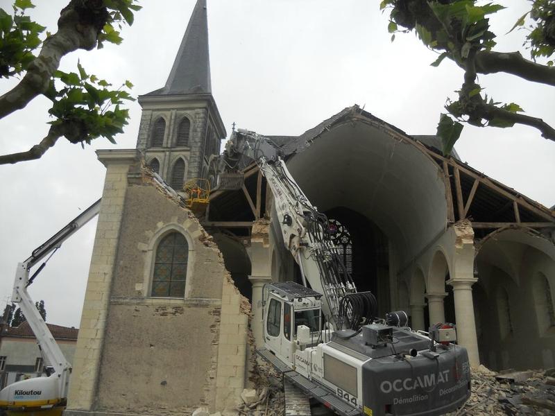 Eglise-de-Gesté-démolie-3