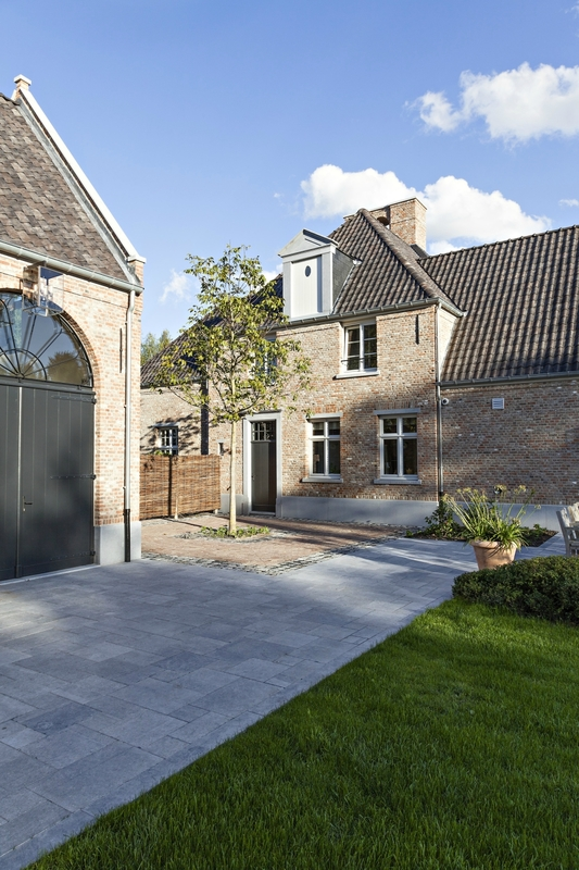 bplus-nieuwbouw-klassiek-manoir-Oud-Turnhout-169-1000x1500