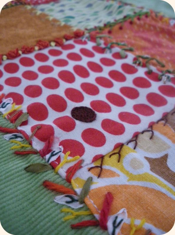 Broderie 8 carrés pour coussin