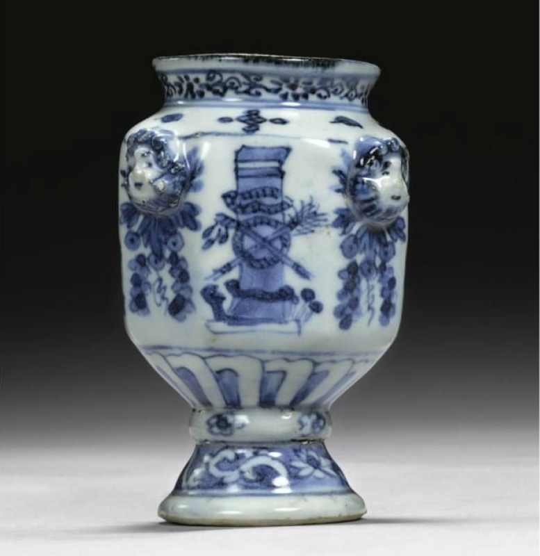 A rare blue and white jar for the Portuguese market, Ming dynasty, circa 1610-30